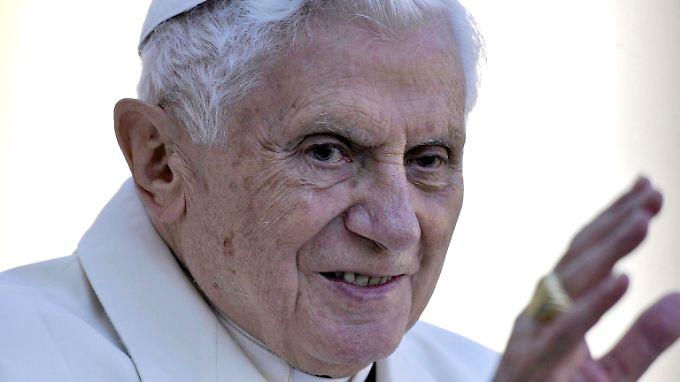 Rückwärtsgewandt und unmodern? Von wegen. Benedikt XVI. ist im digitalen Alltag längst angekommen.