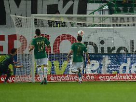 Patrick Herrmann brachte Gladbach mit seinem Tor zum 3:2 erstmals in Führung. Davon erholte sich Fürth nicht mehr.