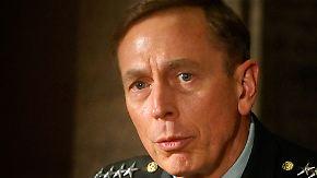 FBI wusste schon länger Bescheid: Petraeus-Affäre wird immer dubioser
