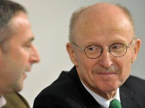 Bei Werders Aufsichtsratschef Willi Lemke ist noch kein Angebot aus Wolfsburg eingegangen.