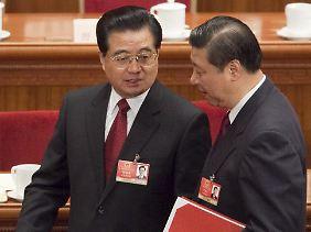 Hu Jintao (links) wird von Xi Jinping abgelöst.