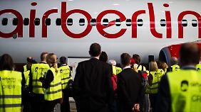 Mehdorn will Fluglinie gesund schrumpfen: Air Berlin will 900 Stellen streichen