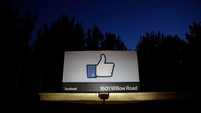 """""""I like"""": Facebook-Kurs klettert wieder."""