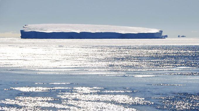 Rund 200 Milliarden Tonnen Eis verliert Grönland jährlich.