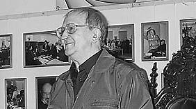 Die meisten seiner Werke schrieb Boris Strugatski zusammen mit seinem Bruder Arkadi, den er um 21 Jahre überlebte.