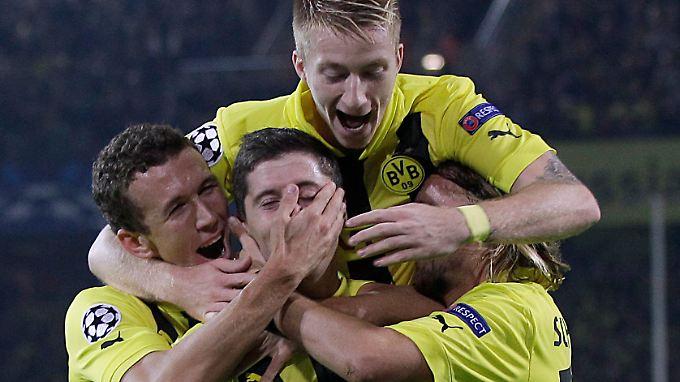 Ein Remis reicht: Borussia Dortmund gastiert heute in Amsterdam.
