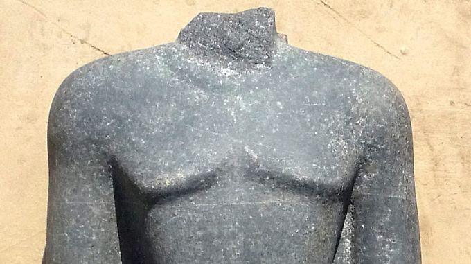 Insgesamt soll die Statue etwa 1,70 Meter groß sein.