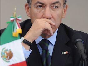 Felipe Calderon wird das Präsidentenamt am 1. Dezember an seinen Nachfolger Enrique Peña Nieto weitergeben.