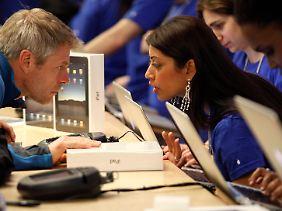 Beratungsgespräch in einem New Yorker Apple-Geschäft.