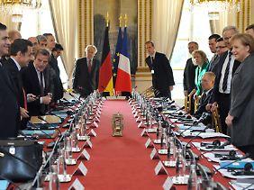 Zu Treffen wie dem deutsch-französischen Ministerrat reiste das deutsche Kabinett bisher gemeinsam.