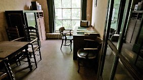 Blick in das Anne Frank Haus in Amsterdam (im Bild: das Büro von Vater Otto).
