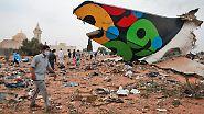 Am Flughafen Tripolis: Über 100 Tote bei Flugzeugabsturz