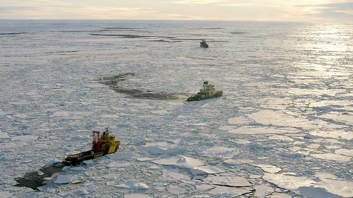 Die Arktis wird mehr und mehr zum Ziel kommerzieller Interessen. (Im Bild: Eine Expedition 2004)
