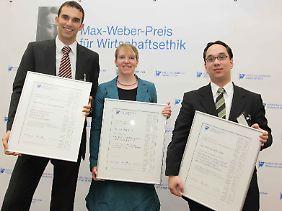 Die Preisträger: Markus Beckmann, Eva Maria Lucke und Nick Lin-Hi (von lks.)