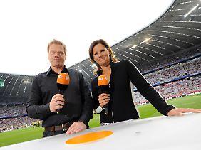 Zusammen mit Oliver Kahn kommentiert Katrin Müller-Hohenstein für das ZDF die WM.