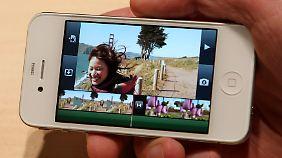 """Der """"Netzhaut-Bildschirm"""" soll bei vielen Geräten gelbliche Verfärbungen haben."""