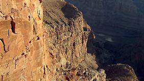 Der Grand Canyon ist stellenweise bis zu 1600 Meter tief.