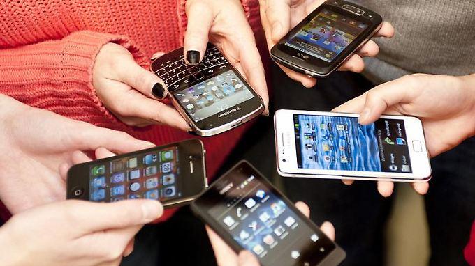 Smartphone ist nicht gleich Smartphone: Käufer machen es sich leichter, wenn sie Prioritäten setzen. Foto: Mascha Brichta
