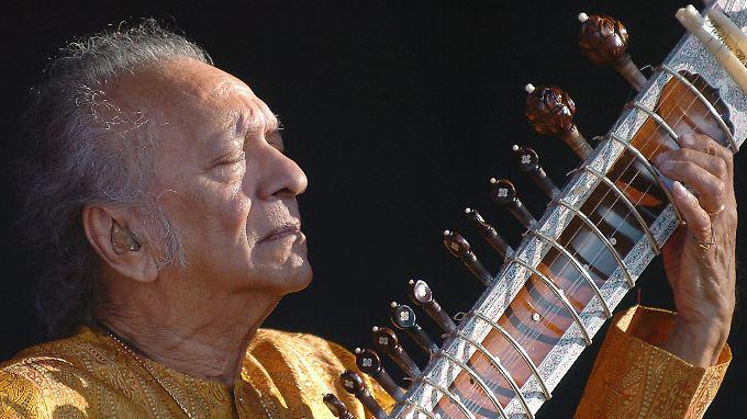 Der verstorbene Ravi Shankar erhält den Lebenswerk-Grammy.