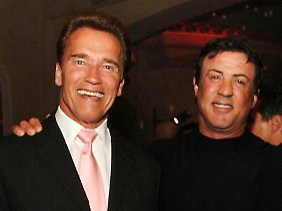 Schwarzenegger und Stallone: Giganten der Zerstörung.