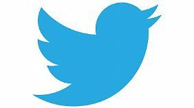 Bei Twitter kann man bis zu 140 Zeichen Mitteilungen mit Links zu Bildern, Websites oder Videos veröffentlichen.