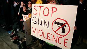 Newtown fordert Waffenlobby heraus: Obama will Waffenrecht verschärfen