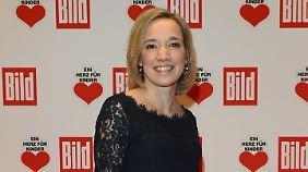 Kristina Schröder hat ein Herz für Kinder. Wie man ihnen Gott erklärt, muss sie noch üben.