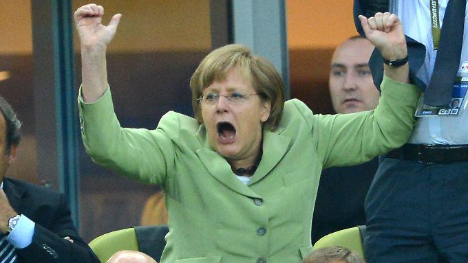 Angela Merkel in Jubelstimmung: Ihre Partei setzt zum ungeahnten Höhenflug an.