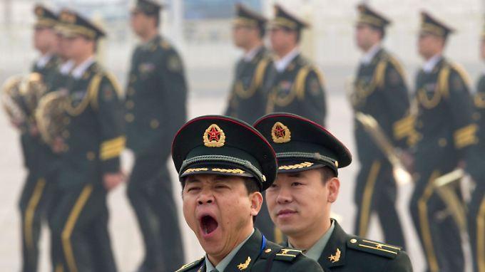 Besteht die Gefahr, dass sich Militärs und Politiker künftig langweilen?