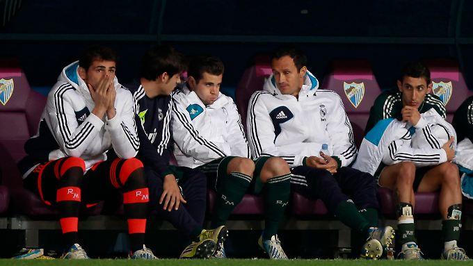 Man kann es auch so sehen: Mit Iker Casillas (l.) hat Real Madrid den besten Ersatztorwart der Welt.