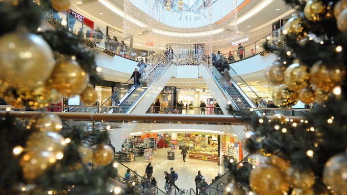 Kaufen gegen den Frust: Für viele Deutsche ist der Konsum eine Ersatzbefriedigung.