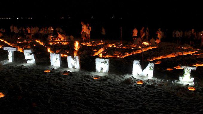 Gedenken am Strand von Phuket.