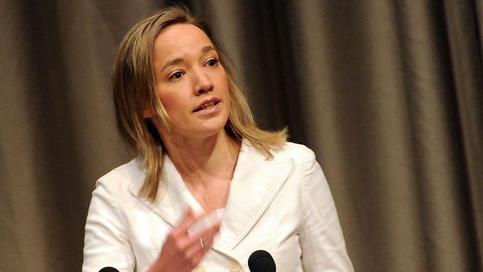 Trotz schlechter Statistiken verteidigt Bundesfamilienministerin Kristina Schröder die Familienpflegezeit.