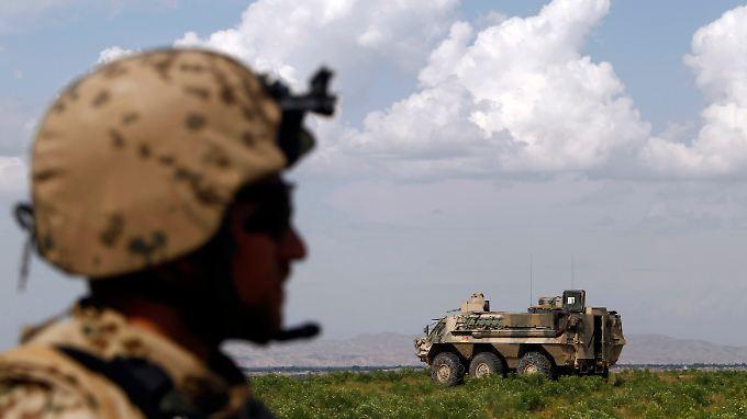 Seit dem Beginn des Bundeswehreinsatzes in Afghanistan fielen 52 deutsche Soldaten. Dass 2012 niemand ums Leben kam, hat die Truppe laut ranghohen Militärs auch besserer Ausrüstung zu verdanken.