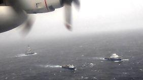 Die Bohrinsel sollte zuvor von Schiffen zur Reparatur geschleppt werden.