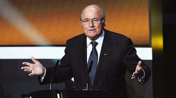 Fifa-Präsident Joseph Blatter lebt in seiner ganz eigenen Fußballwelt.