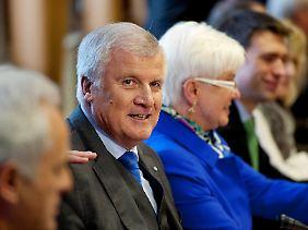 Horst Seehofer nutzt die Klausur in Wildbad Kreuth, um die Pflöcke für eine Klage gegen den Länderfinanzausgleich einzuschlagen.