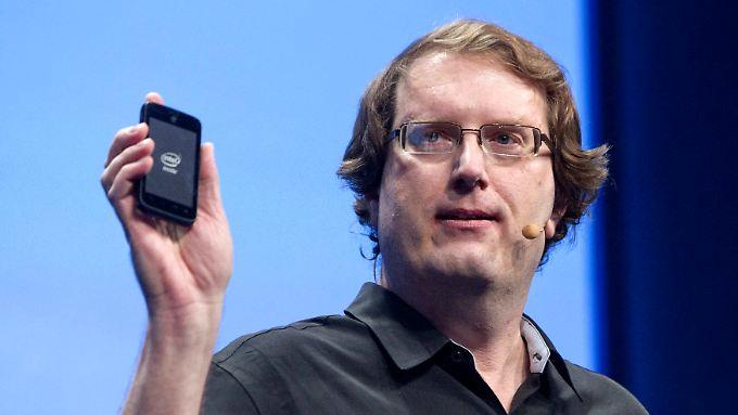 Intel-Manager Mike Bell will seine Prozessoren verstärkt in günstigen Smartphones verbauen.
