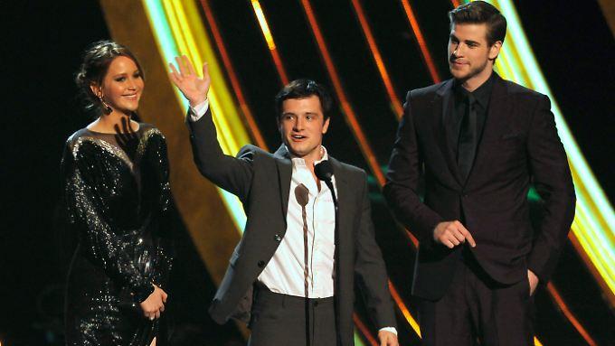 Jennifer Lawrence, Josh Hutcherson und Liam Hemsworth freuen sich über die fünffache Ehre.