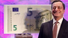 Sicher und schön: Dem EZB-Chef gefallen die neuen Scheine offenbar sehr.