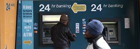 Zyperns Geldinstitute werden flüdssig gehalten.