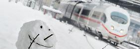 """""""Ich will nach Hause"""": Fahrgast zückt Waffe in ICE"""