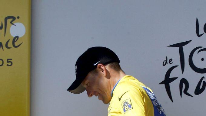 """Für den Ex-Radsport-Profi Riccardo Ricco bleibt Armstrong ein """"Phänomen"""", für die Presse ist er ein """"Lügner""""."""