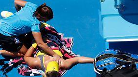 Angelique Kerber war mit einer  Rückenverletzung in das Match gegangen.