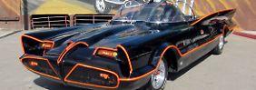 Kultauto geht an Rekordbieter: Erstes Batmobil versteigert