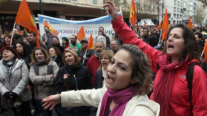 Angestellte der Postbank demonstrieren gegen die geplante Privatisierung.