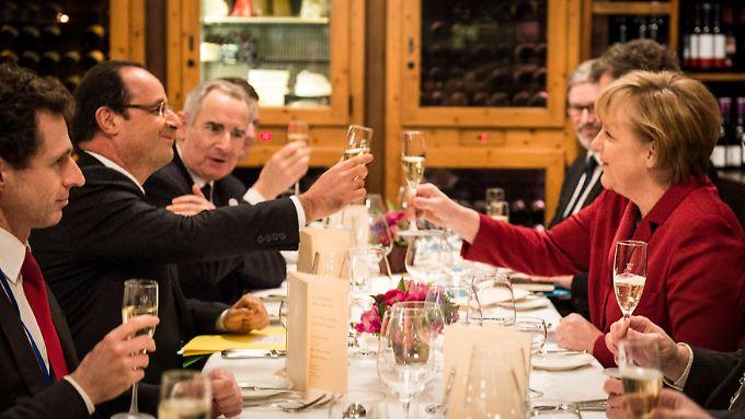 Der Sozialist und die Konservative duzen sich. Die deutsch-französische Freundschaft macht's möglich.