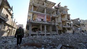 Die Zerstörungen in Damaskus sind gewaltig.