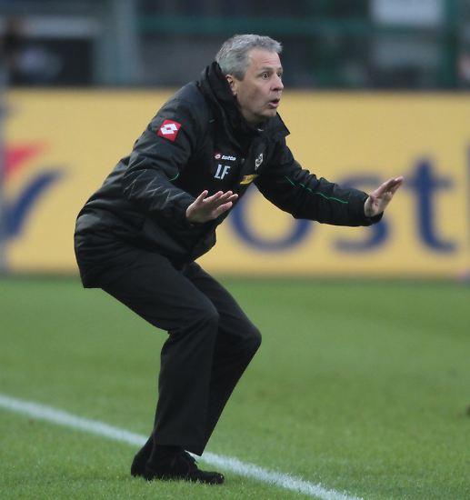 """Die Gladbacher haben das Problem jedoch erkannt, durch Cheftrainer und Chefanalytiker Lucien Favre. Fazit: """"Wenn Du den Ball nicht hast, ist es  schwer, Fußball zu spielen."""" Ein Satz zum Einrahmen."""