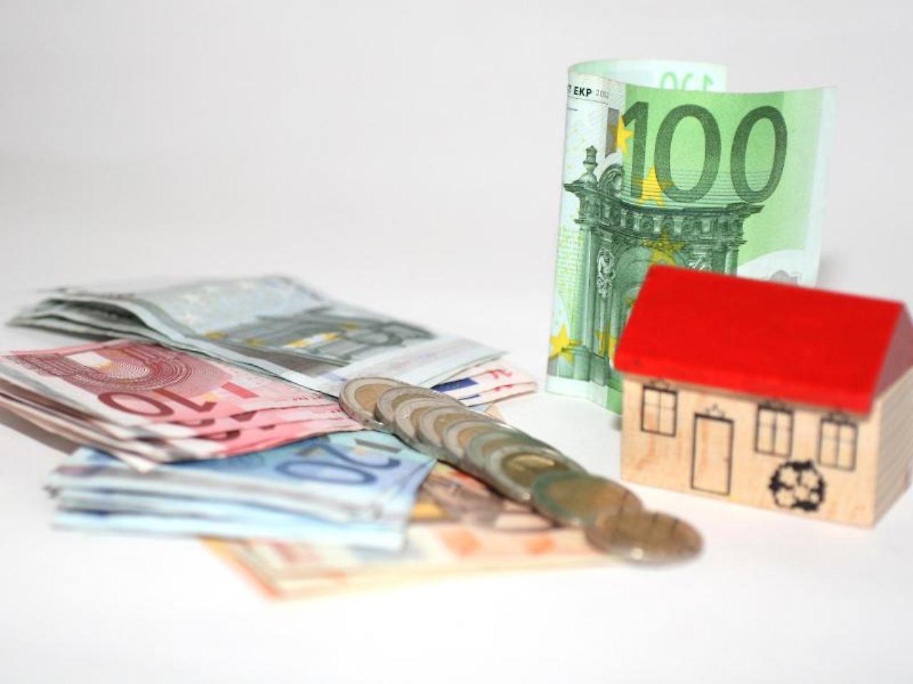 wenig zinsen f r hypothekenkredit umschuldung kann teuer. Black Bedroom Furniture Sets. Home Design Ideas